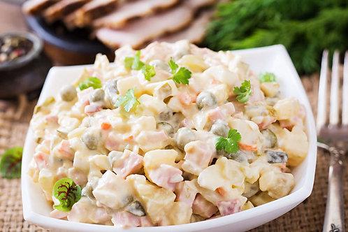 Salade russe et lomo de porc au piment doux