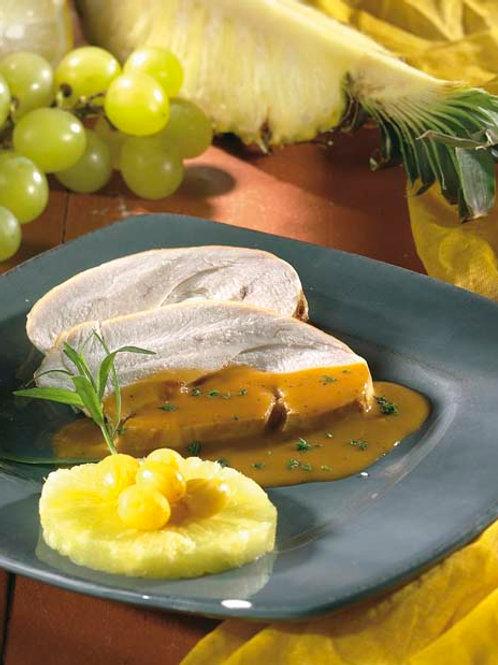 Tranches de rôti de dinde flambées à l'hawaïenne et pommes de terre aux poivrons