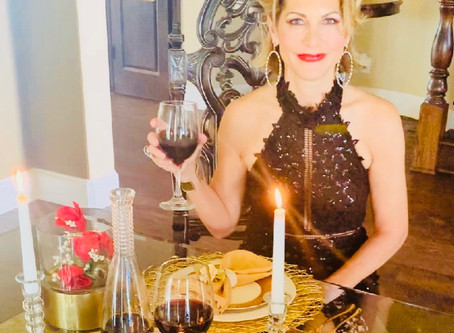 Fashion Activities To Enjoy At Home During The Quarantine: Dine In Style