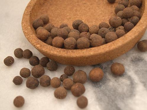 Smaržīgie pipari (veseli, malti)