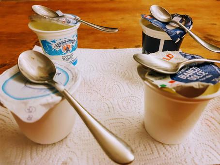 Assaggio lo Yogurt Bianco acquistato al supermercato