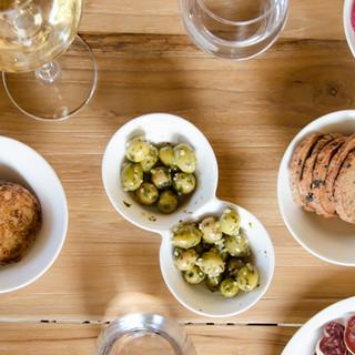 apéro avec olives & sablées fait-maison | olives & home-made cheese cookies