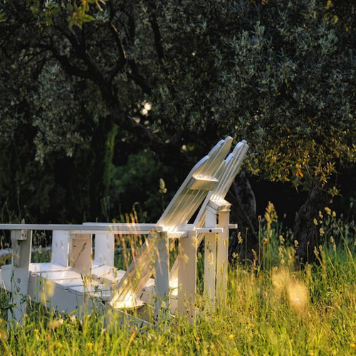sièges_entre_les_oliviers.jpg