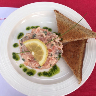 tartare de saumon | salmon tartare