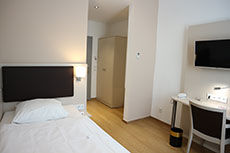 Einzelzimmer Business des Hotel Lasthaus am Ring mitten in Köln