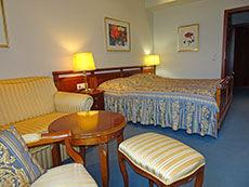 Doppelzimmer Deluxe des Hotel Lasthaus am Ring mitten in Köln