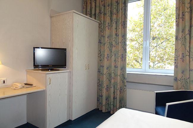 Einzelzimmer Standard Ansicht 2