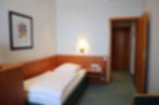 Einzelzimmer Standard des Hotel Lasthaus am Ring mitten in Köln