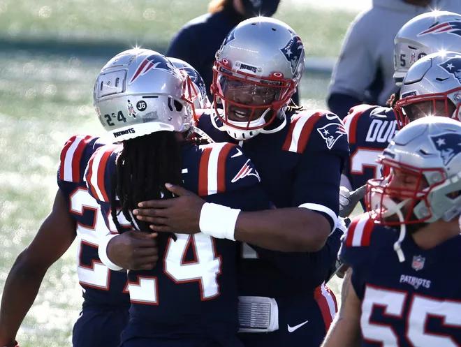 Despite victory over Cardinals, Patriots playoff chances still very slim