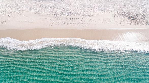 beach-1867436_1920.jpg
