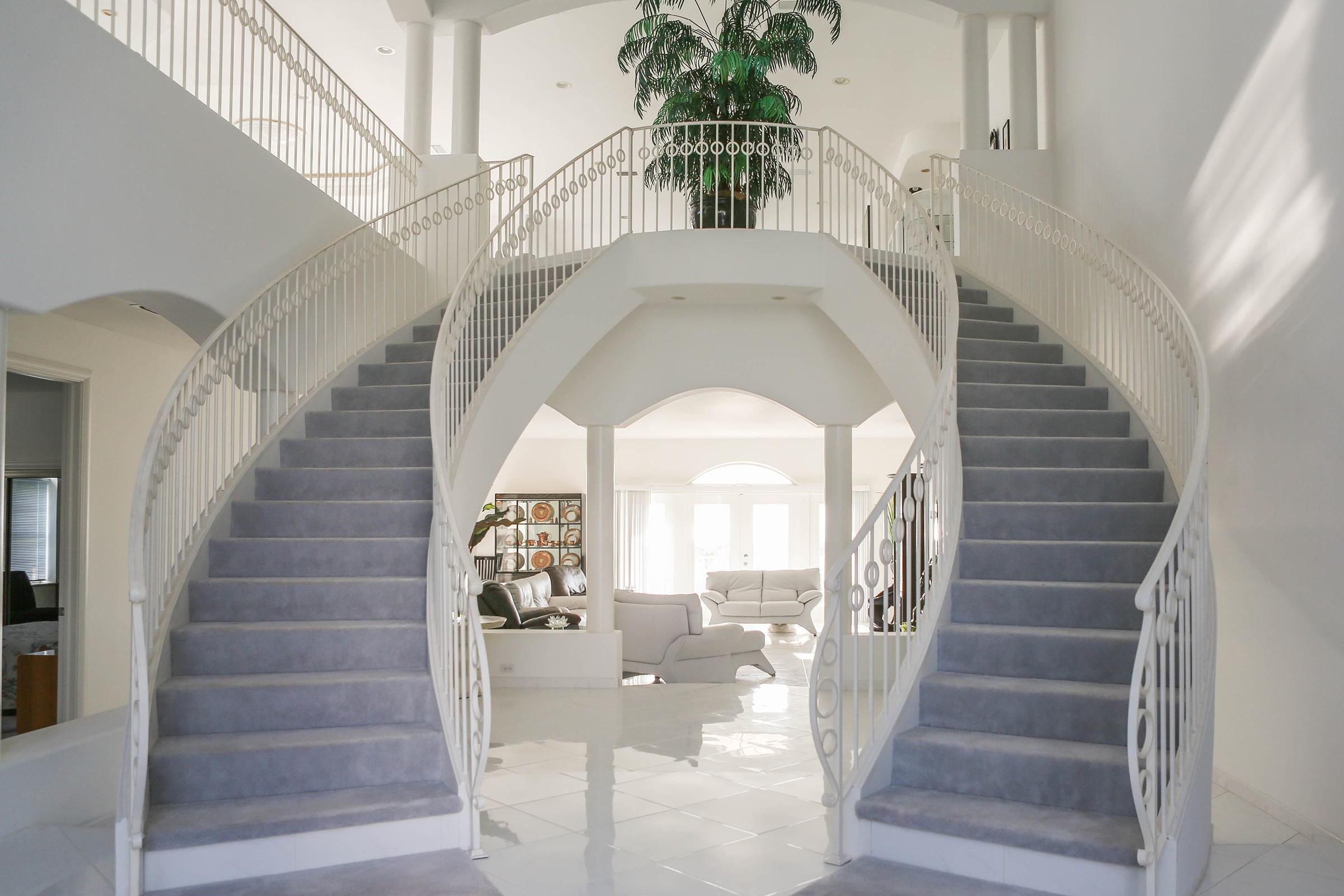 Grande stairway