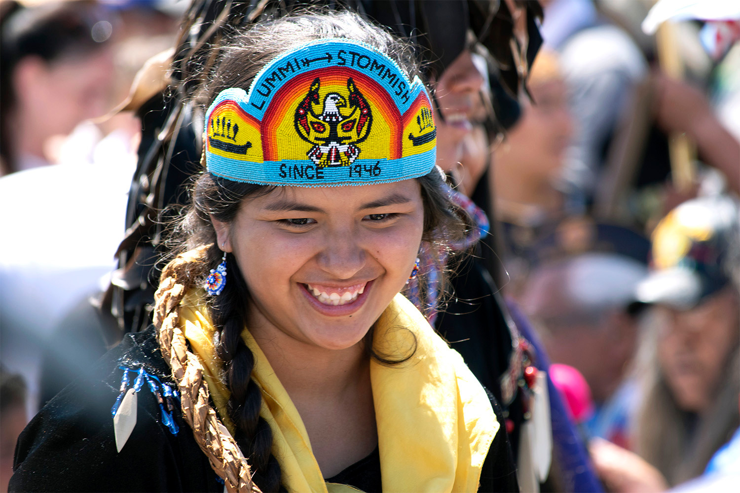 One of the 2018 Lummi Stommish Water Festival Princesses thanking veterans for their service.