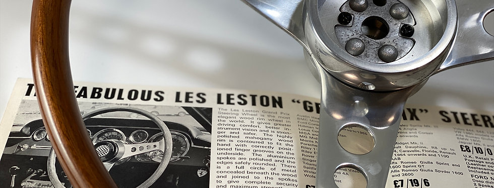 LES LESTON GRANDPRIX  レスレストングランプリ ウッドステアリング USED