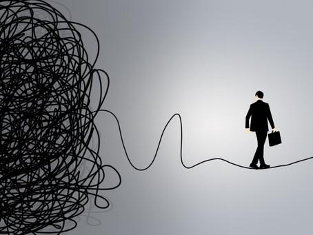 Caos, Ambizione e Resilienza: i tre elementi per la crescita personale.