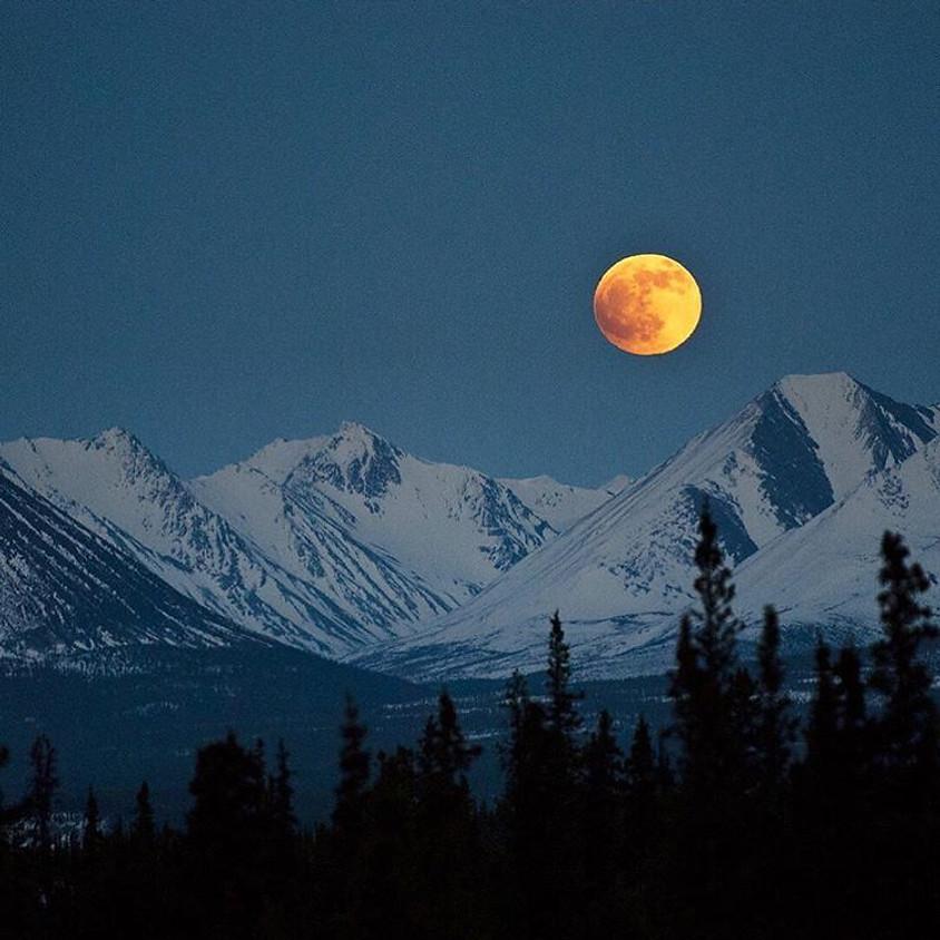 Full Moon RMNP Drive