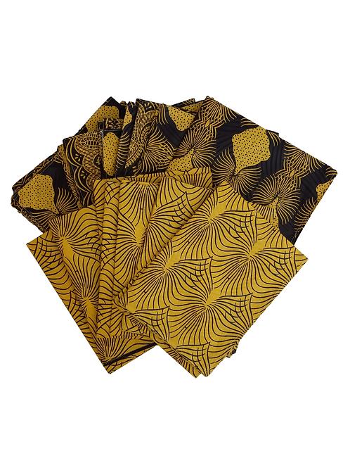 Manteles y Servilletas Amarillas