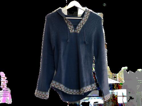 Jersey azul con capucha