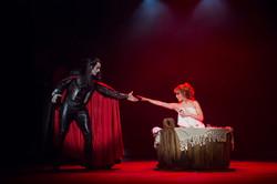 Vampyyrien Tanssi: Sarah / Helsingin Kaupunginteatteri
