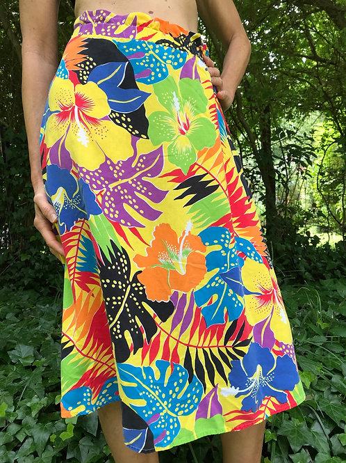 Cute vintage skirt ruffled waist