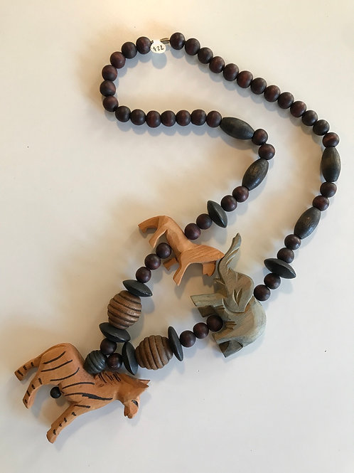 Wooden animal vintage necklace