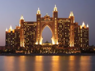 Hotels / Casinos