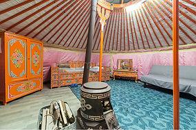 Монгольская юрта обустройство.jpg
