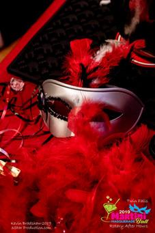 2640057-Mask.jpg