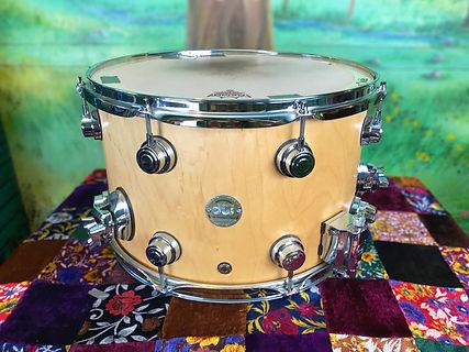 Snare DW maple 8.5 x14 focus.jpg