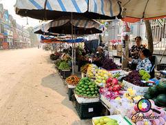 Fruit and veg markets in Luc Yen, Vietna