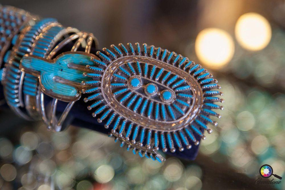 Native American Turquoise jewellery | www.gemstonedetective.com