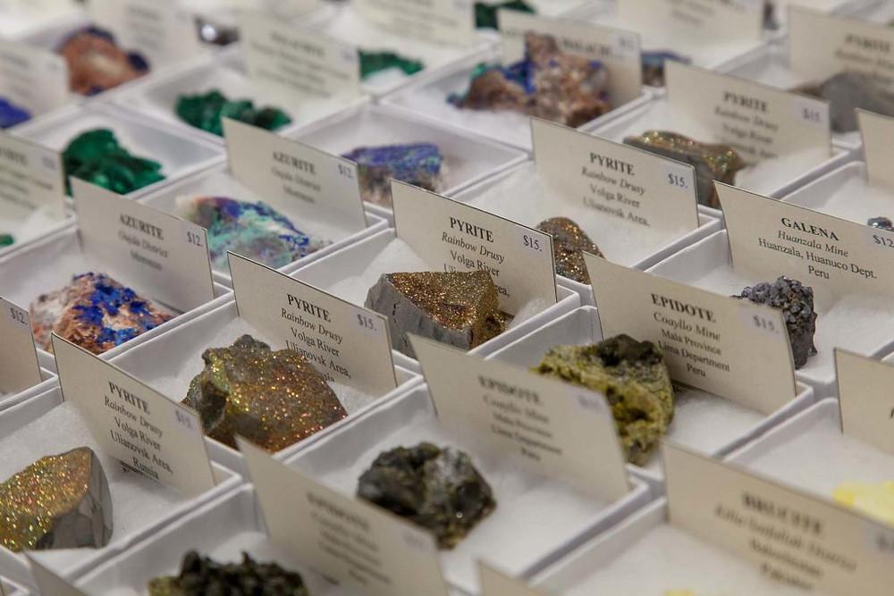 Mineral Gem Shows | www.gemstonedetective.com