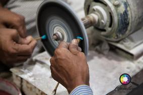 Cutting and polishing gemstones in India