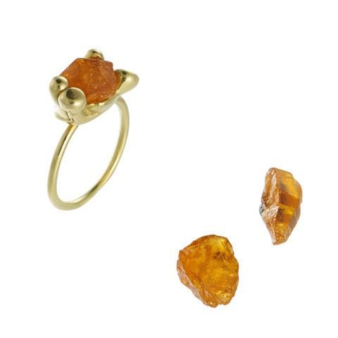 Alternative Engagement Ring | www.gemstonedetective.com