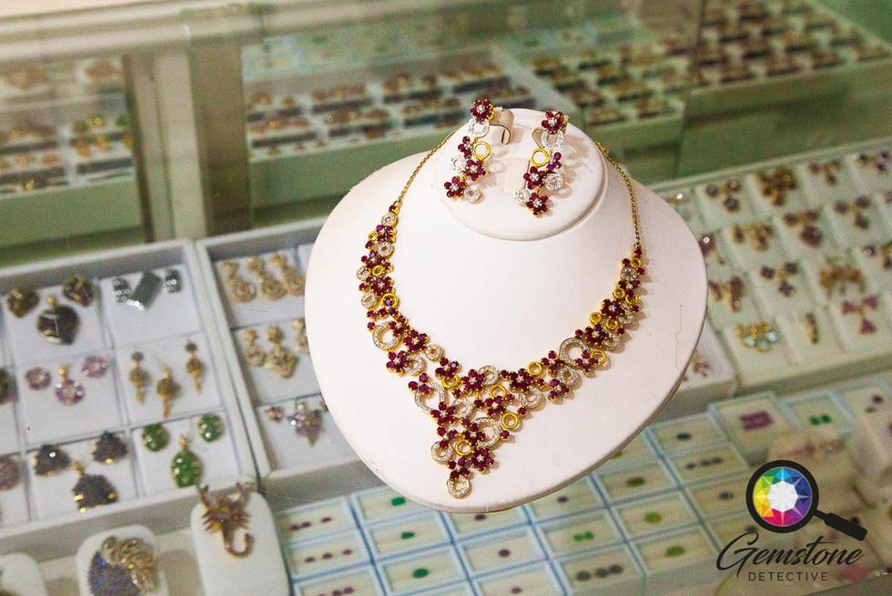 Burmese ruby necklace.jpg