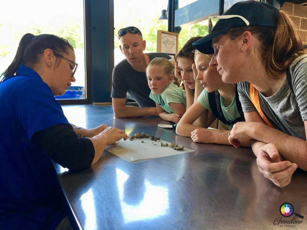 Kids into gemmology | www.gemstonedetective.com