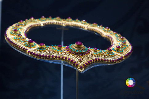 Jewels on show in Thailand.jpg