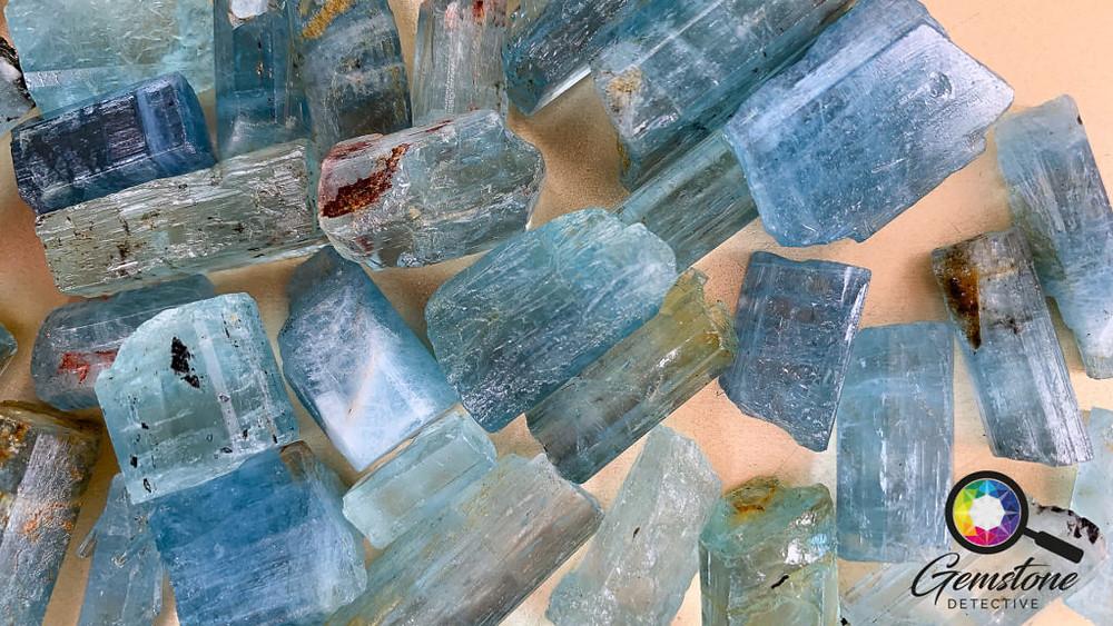 Aquamarine Gemstone Healing | www.gemstonedetective.com