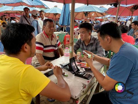 The Umbrella market in Mogok.jpg