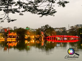 Hanoi lake, Vietnam.jpg