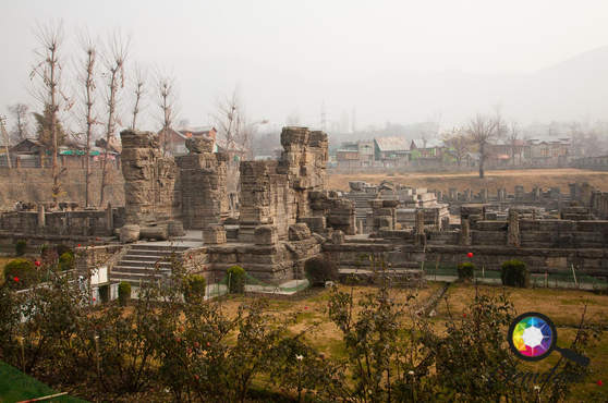 The ruins of an old palace in Kashmir.jp