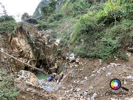 A visit to the gem mine in Luc Yen, Viet