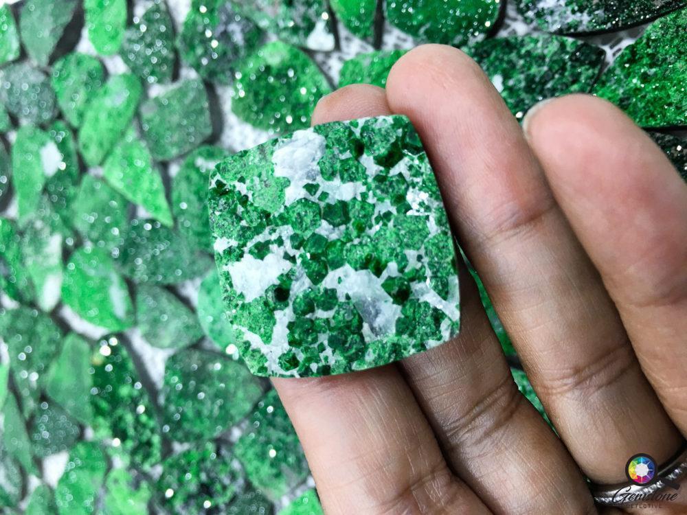 Druzy quartz | gemstonedetective.com