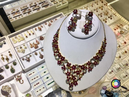 What's current in gemstone jewellery?