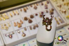 Scorpion brooch made of tourmaline, Myan