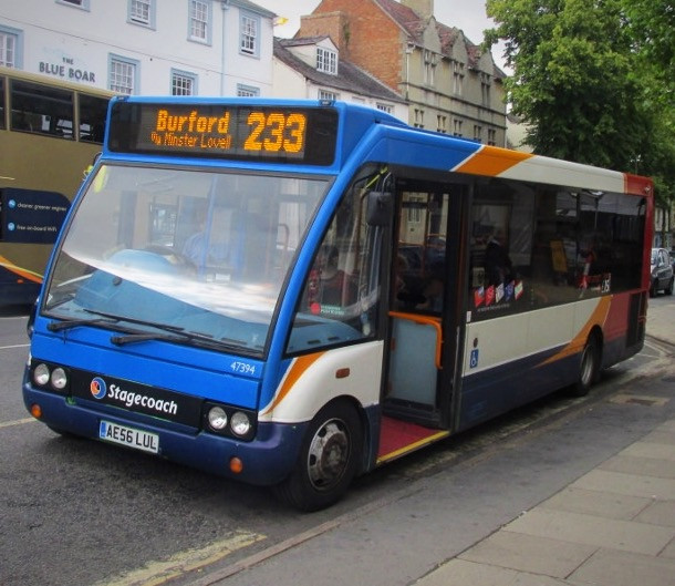 233 Stagecoach Bus