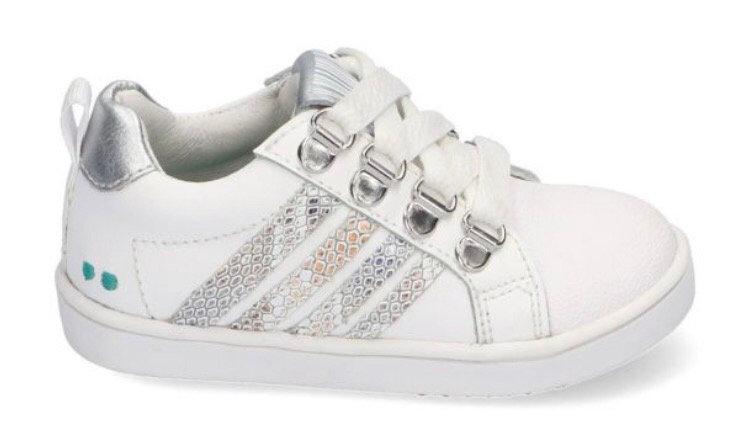 Witte sneakers met zilverkleurige strepen en ingewerkte beschermtop