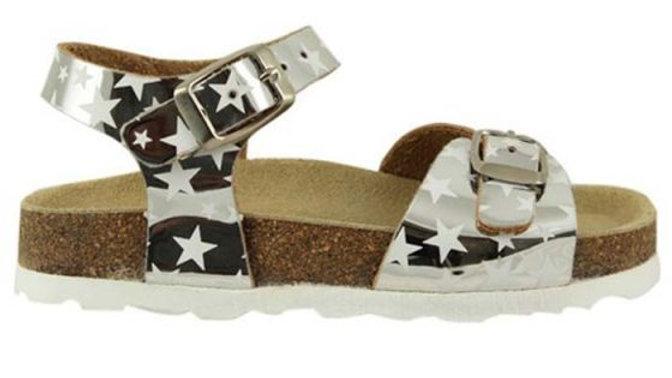 Zilverkleurige sandalen met sterretjes / gespen