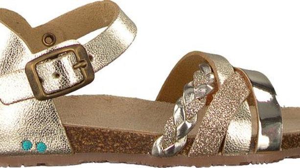 Goudkleurige sandaal met gesp aan wreef en bandjes vooraan