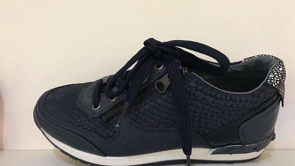 Donkerblauwe lage sneaker met veters en rits