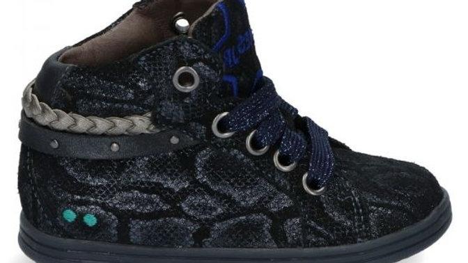 Hoog donkerblauw vetersneakertje slangenmotief